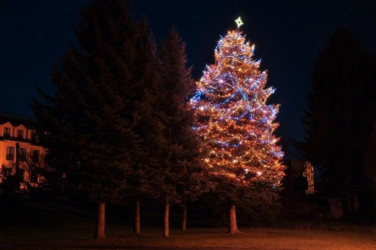 Vánoční strom osvětlení